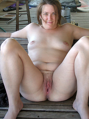 Gorgeous mature slut xxx