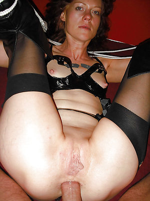 Horny old lady amateur sex