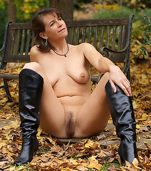 Naked amateur mature outdoor