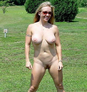 Amateur pictures of mature naked woman