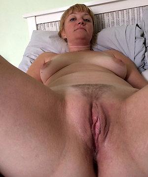 Gorgeous mature wet pussy photos