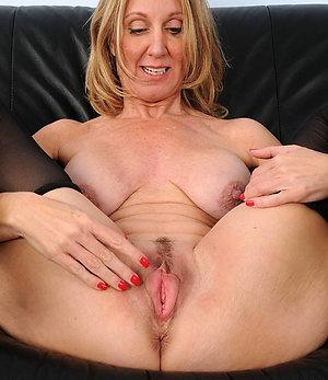 Real mature mature hot pussy pics