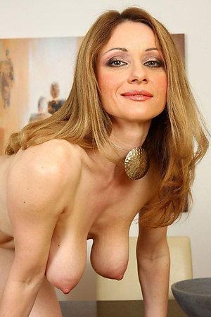 Gorgeous saggy boobs mature love porn