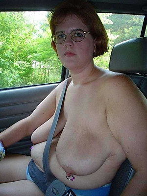 Amateur pics of old lady saggy boobs