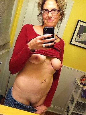 Matures posing nude sexy selfies photos