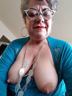 Bes pictures of sexy selfies mature