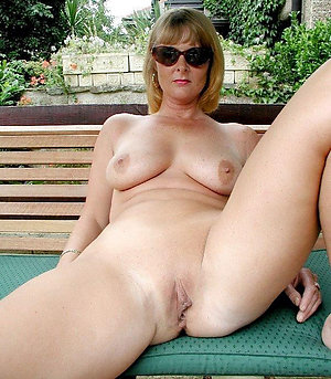 Favorite sexy mature shaved pussy pics
