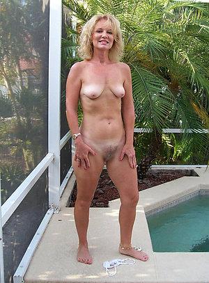 Free pics of skinny mature small tits