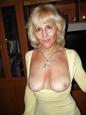 Xxx mature tits porn pics
