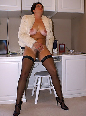 Bitchy milfs in stockings love porn