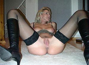 Classy hot milf in stockings love porn