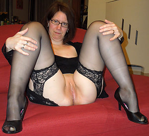Inexperienced mature woman in stockings