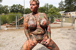 Nude hot tattooed women pics