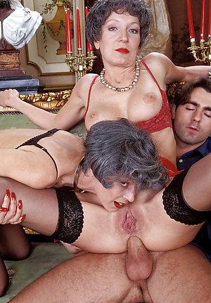 Porn pics of older mature threesome