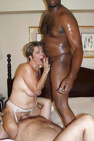 Naked busty mature threesome pics