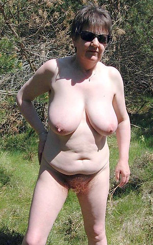 Private pictures of nude hairy women