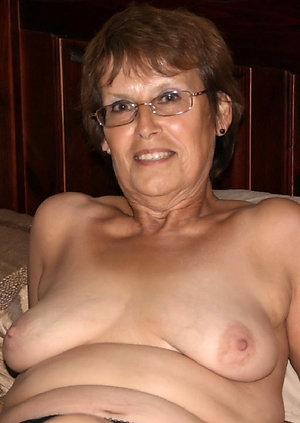 Nude granny wants sex galleries
