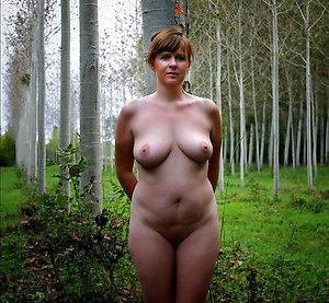 Xxx nude mature women outdoors porn