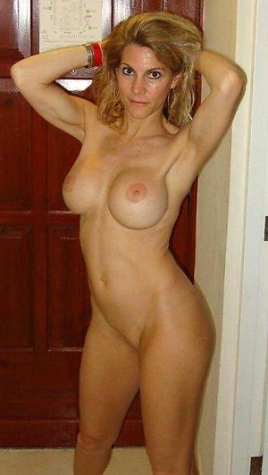 Sexy grown-up mature whore wife