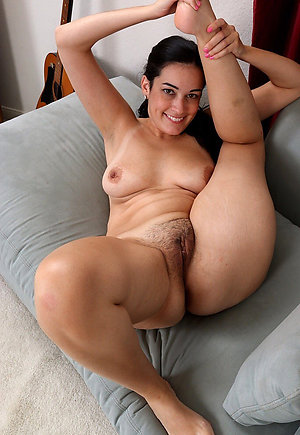 Incomparable natural naked mature women xxx
