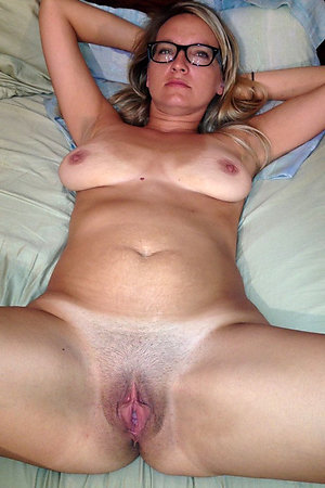 Best pics of natural mature porn