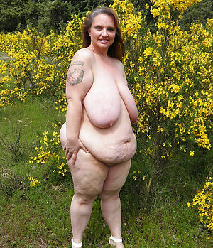 Nude mature women with huge breasts