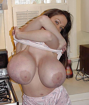 Xxx naked women with big tits pics