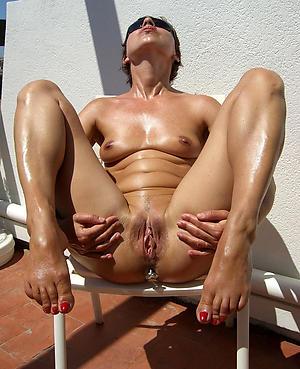 Xxx mature women with hairy vaginas