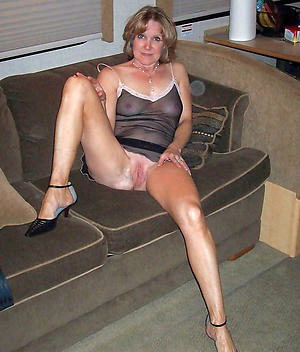 Best pics of matures legs