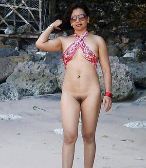 Amateur pics of mature indian women