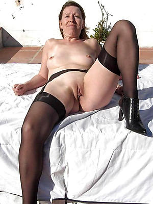 Amateur mature wife pictures