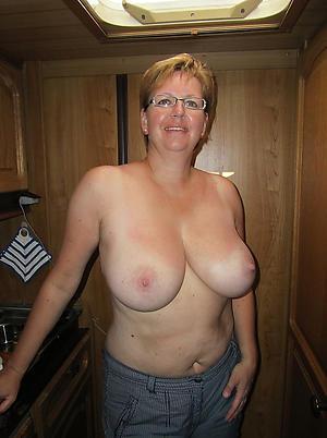 Amateur of age xxx naked pics