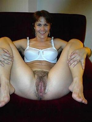Amateur pics of mature vagina pics