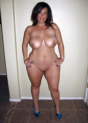 Inexperienced busty mere mature