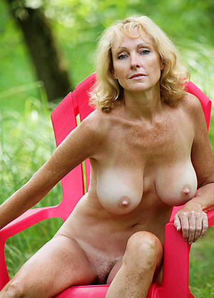 Sexy curvy women