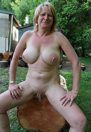 Pics of mature ladies with big boobs