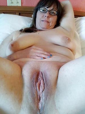Mature women xxx