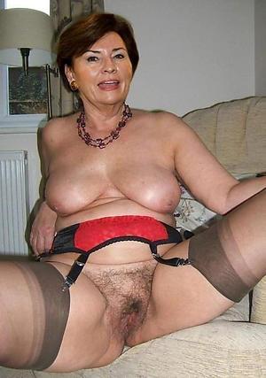 Amateur pics of mature cunt porn