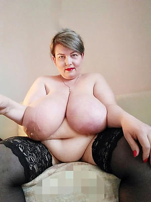 Free mature column xxx naked photo