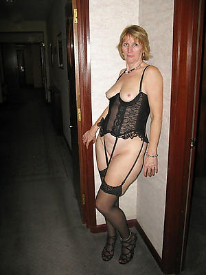 comely mature private sex pics colonnade