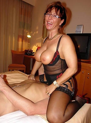 Naked grown-up wife eats pussy pictures