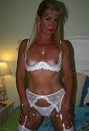 Sexy mature cougars xxx