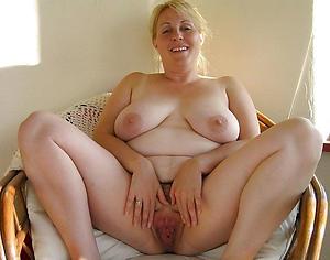 Xxx nude mature vagina pictures