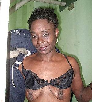 Sexy horny ebony older moms
