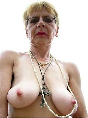 Inexperienced amateur old mature milf