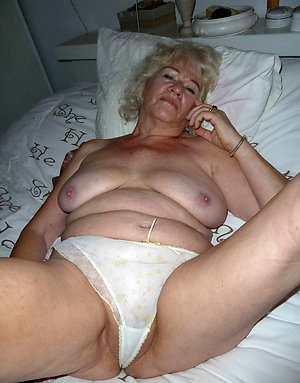 Homemade nude mature granny