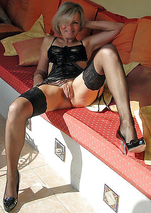 Gorgeous hot slut in high heels pics