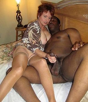 Xxx interracial amateur blowjob pictures