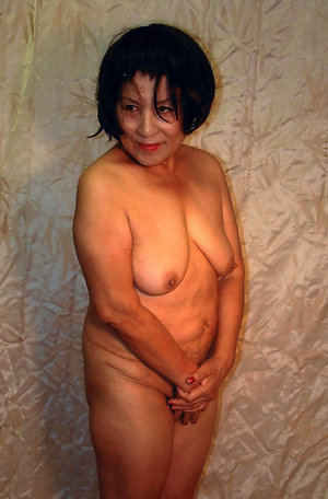 Homemade old latina wife nude photo