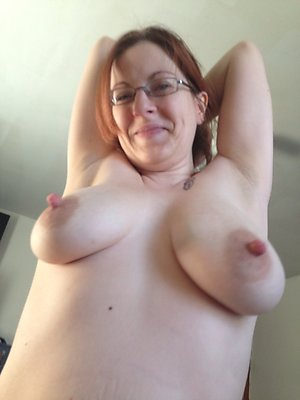 Real puffy nipple milf amateur pics